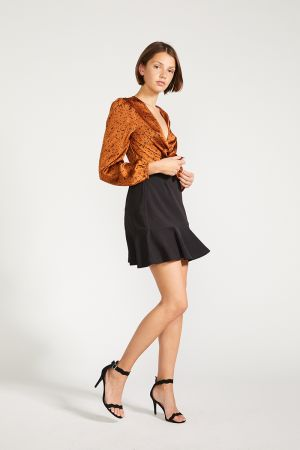 AMELIA RUFFLE HEM MINI SKIRT