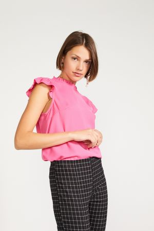 ARIANA FRILL NECK TOP