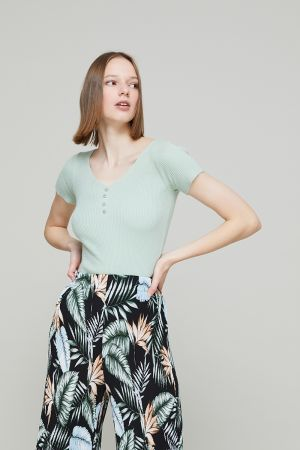 LILLY BUTTON DETAIL TOP