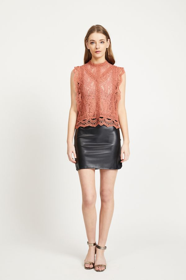 ALANNAH LACE TOP