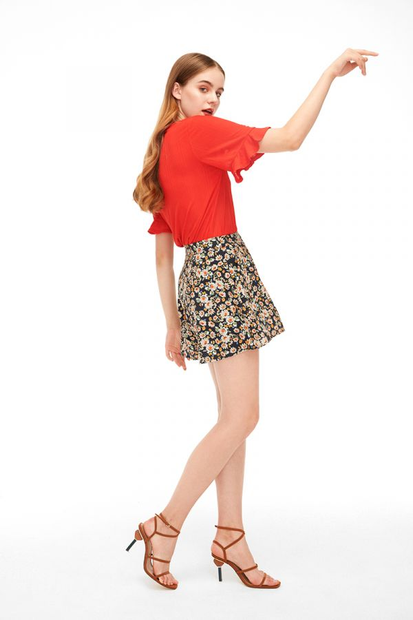 LYDIA BELL SLEEVE BLOUSE