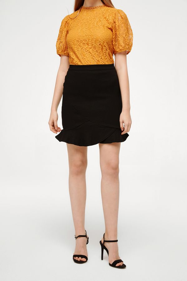 MISTY RUFFLE HEM MINI SKIRT (324020)