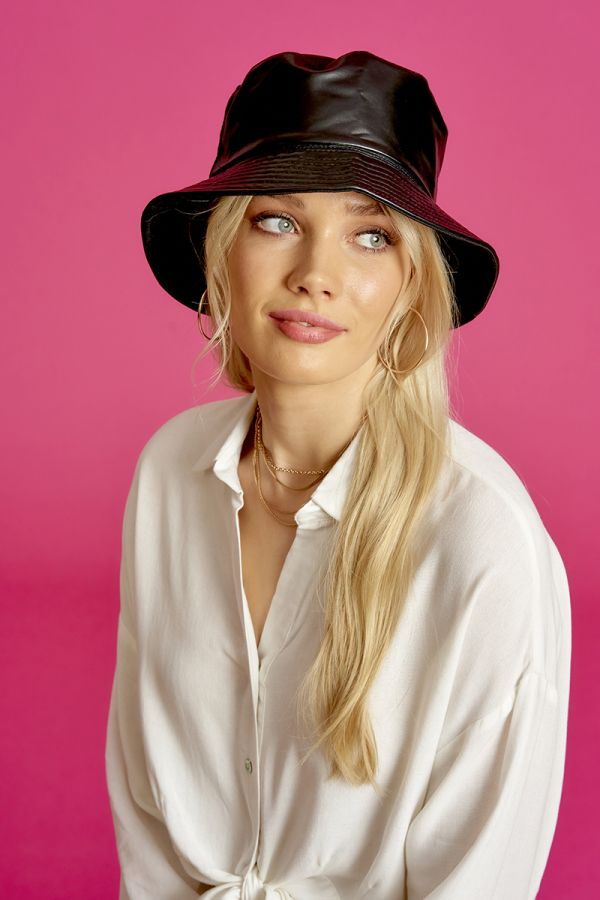 FAUX LEATHER BUCKET HAT (324087)