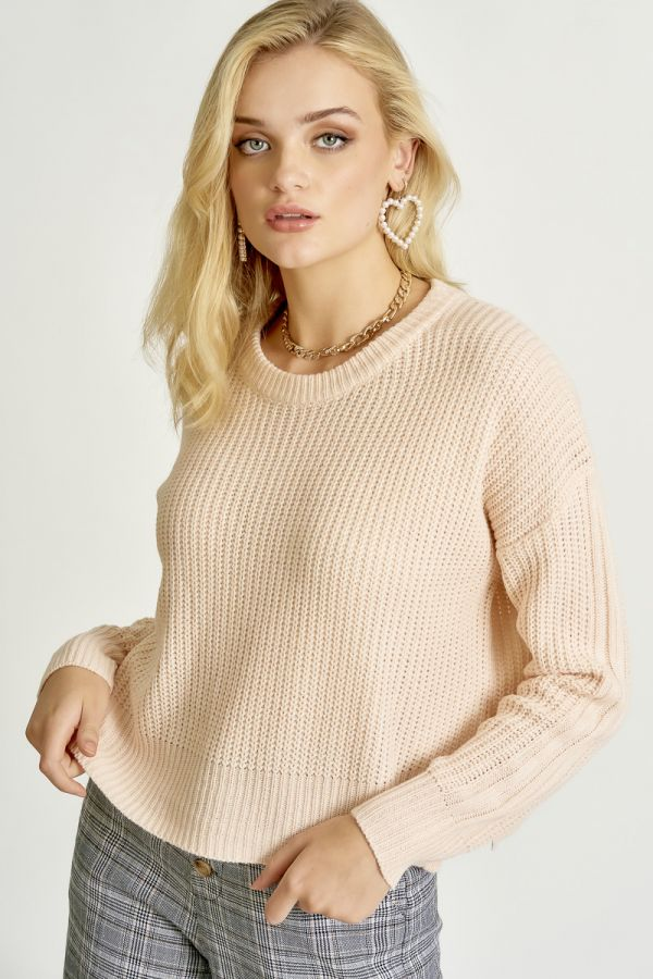 LOOSE FIT SIDE SLIT KNIT TOP (324533)