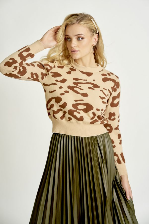 LEOPARD PATTERN KNIT TOP (324960)