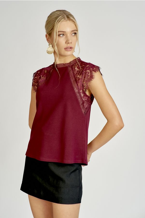 LACE SLEEVE TOP  (325032)