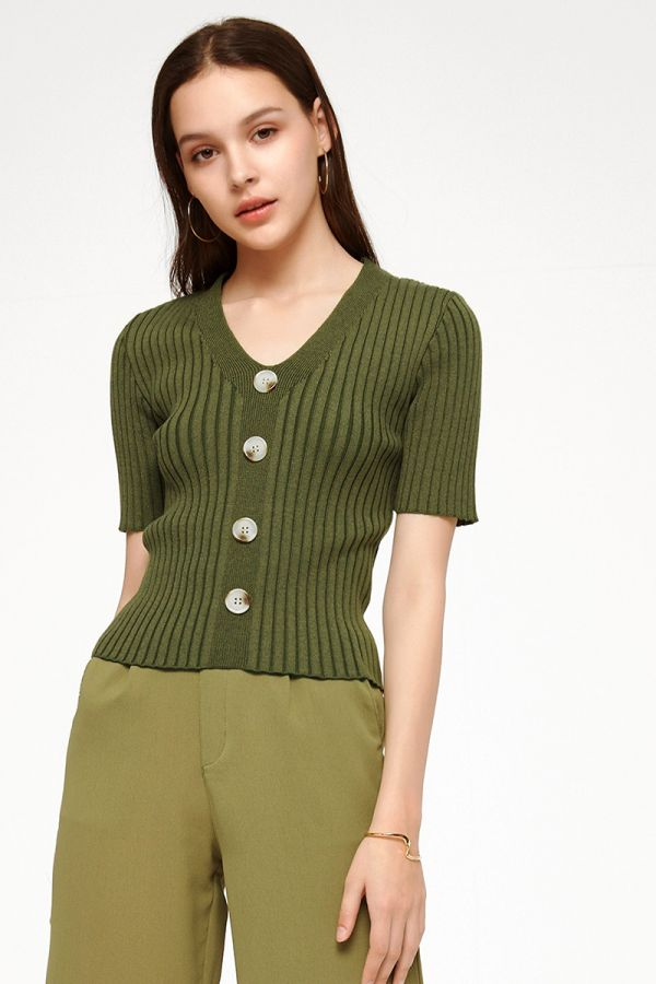 TRACEY V-NECK KNIT TOP (325063)