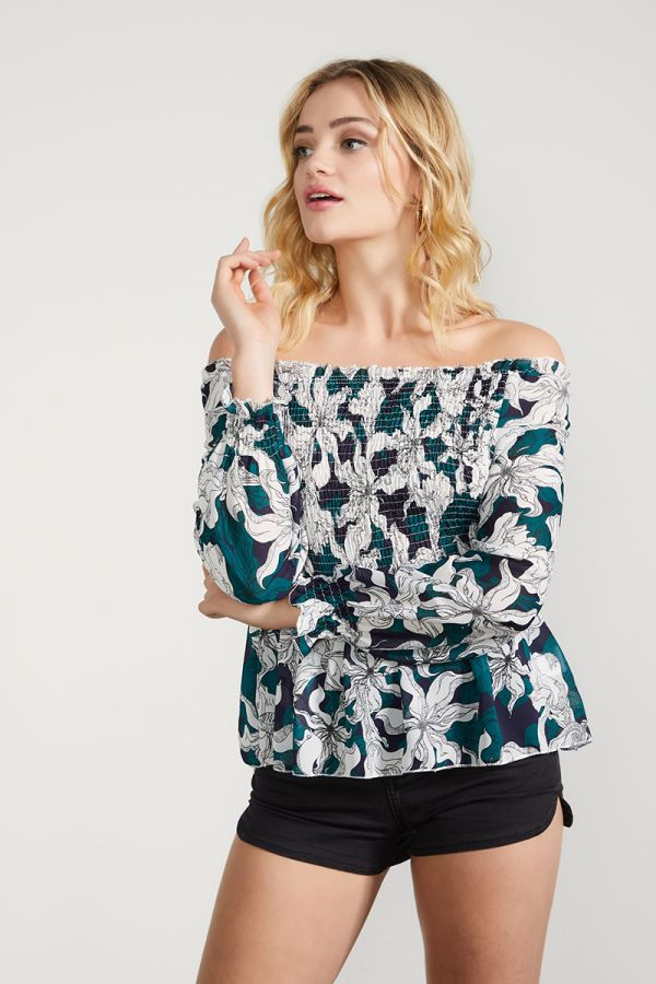 SHIRRED OFF SHOULDER TOP (325272)