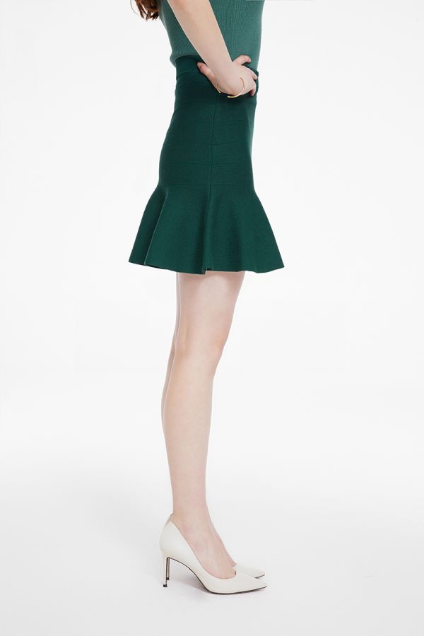 FIT AND FLARE KNIT SKIRT (325295)