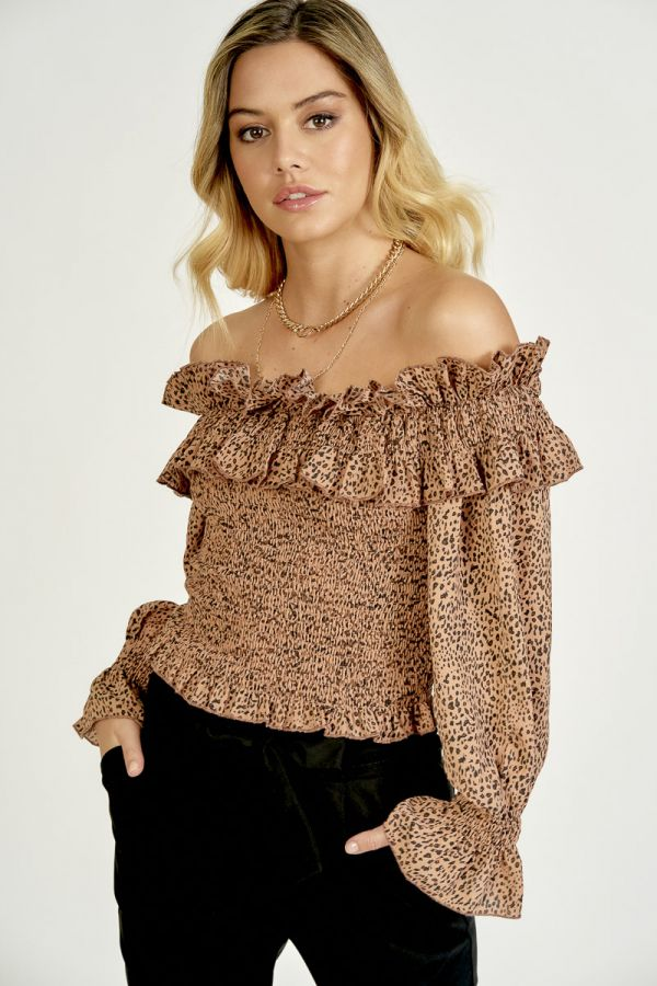 SMOCKED OFF SHOULDER TOP (325323)