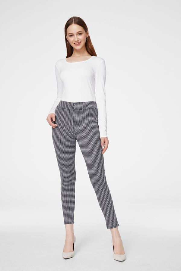PRINTED C&S PEGGINGS (325526)