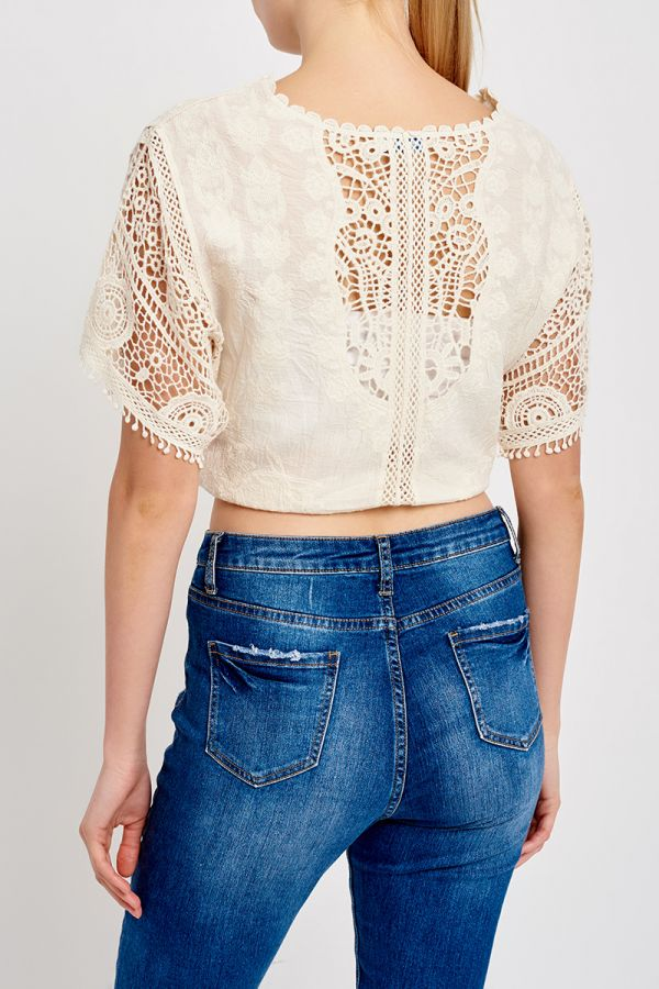 DAZE FRONT TIE CROCHET TOP